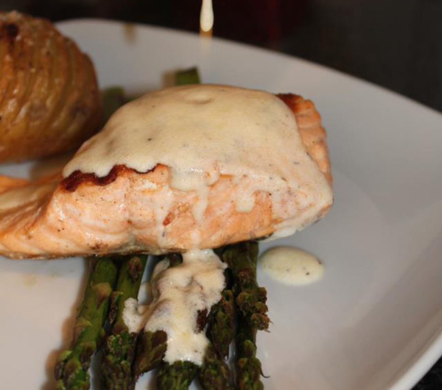Salmon Fillet & Asparagus with Lemon & Thyme sauce | Mama Lotties ...